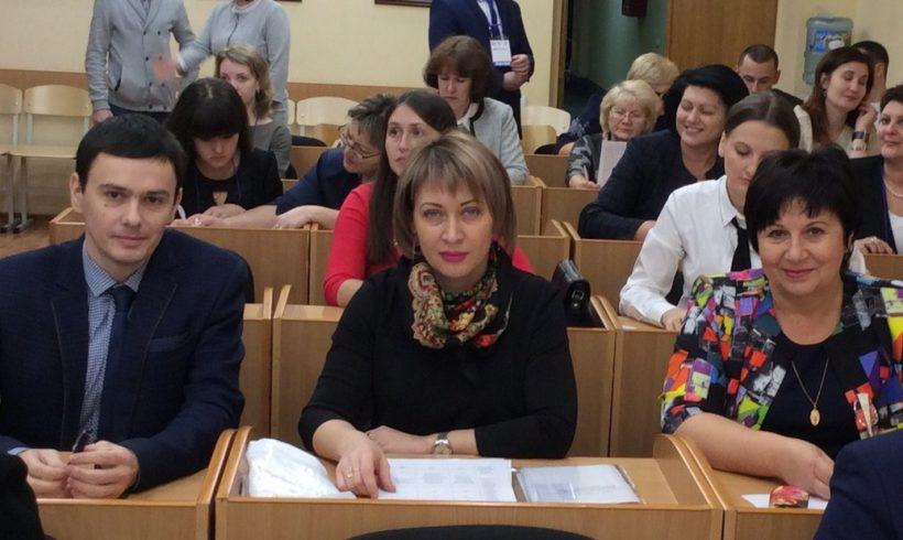 Общественная палата слушала молодых педагогов и наставников.
