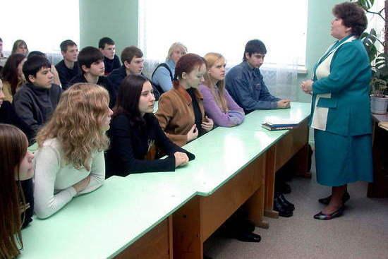 Московский Комсомолец сообщает: «Саратовских учителей принуждают вакцинироваться от коронавируса»